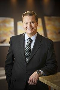 Kitco Gold  Newmont CEO: Inv...