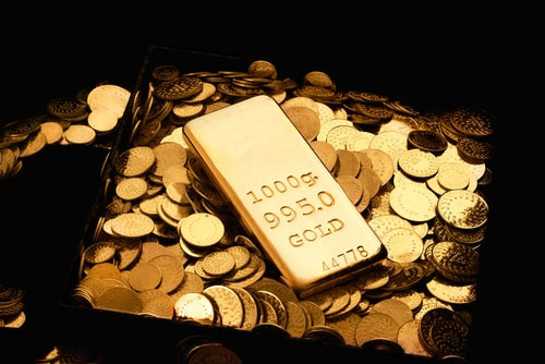 Gold's Dip Below $1,300 Is Temporary — Analyst