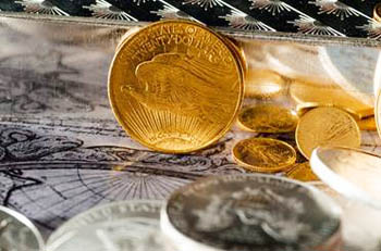 Money Managers Favor Silver Over Gold Futures