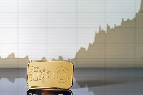 Hold Some But Not Too Much Gold, Says Wells Fargo