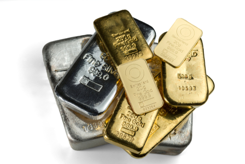 The gold rally is over but prices will hold $1,500 this year - Capital Economics 1