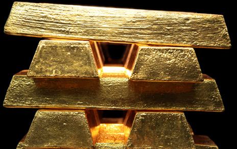 Hedge funds dump gold, but bears are still hiding