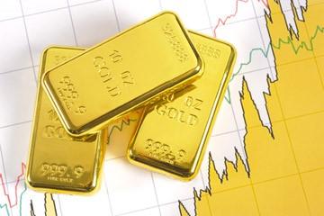Money managers modestly trim bullish gold positioning