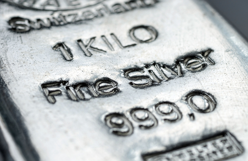 Silver price can regain its luster, push back above $18 - Silver Institute 1