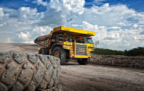 Gold miners are a 'top pick' in this crisis as gold price heads to at least $2,000, says Joe Foster | Kitco News