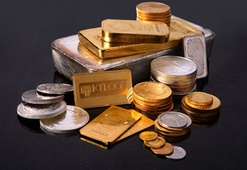 'Gold Is In A 3rd Year Of A Bull Market, With Long Way To Run' - Jim Rickards